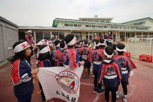 園児たちの防火パレード1