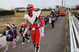 園児たちの防火パレード4