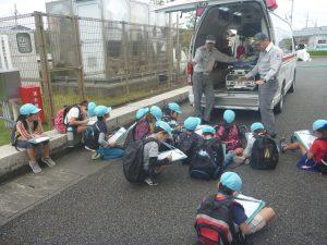 救急自動車に積載されている資機材の説明