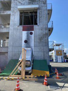 訓練塔3階を道路という想定です。